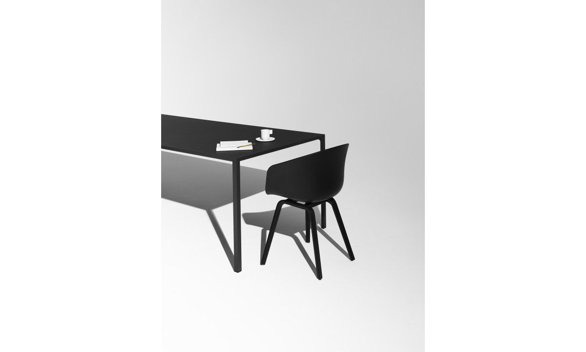 Hay Tafel Cph30 : Hay aac 22. trendy aac about a chair by hay consists of a base in